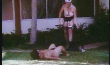 Voyeurs britanniques empilés film porno esbiene taquiner saccadés sous