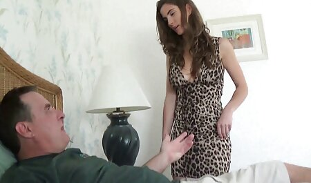 Joue avec ses jolies semelles film porno lesbien streaming 4