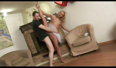 pawg chaud se masturbe et jouit sur webcam casting amateur lesbien