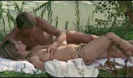 Ryu Enami obtient film erotique lesbienne gratuit une grosse bite pour ruiner son vagin