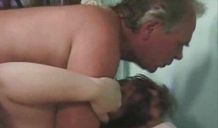 Gros casting porno lesbienne clito