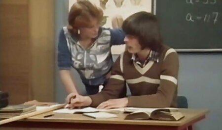 La femme dit à son mari ce que ressent cette BBC video xxx lesbienne lorsqu'elle la chevauche