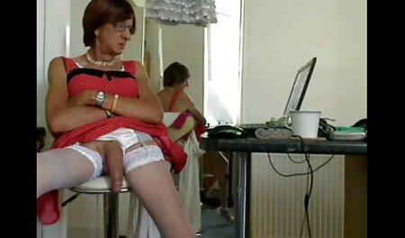 Partage d'Avery Stone film porn lesbien avec sa belle-mère Krissy Lynn