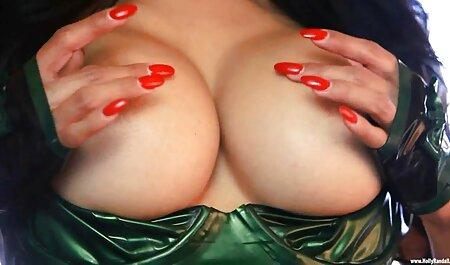 Sexy video lesbienne porno dingue Scoundrel se redresse