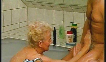- Compilation film x de lesbienne d'aigle blonde de 18 ans