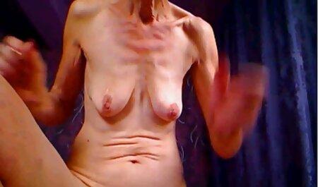 Jolie fille avec de film porno lesbienn beaux gros seins