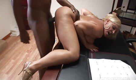 Cindarellas Hot porno dingue lesbienne Night (2017)