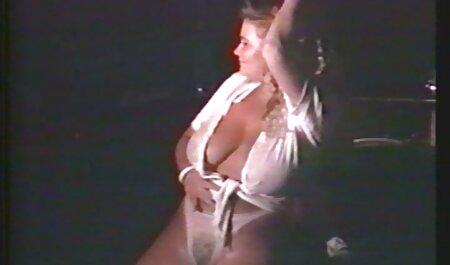 Carmen Valentina Kendra Lynn et Kate England dans pornos lesbien Lesbo 3Way!