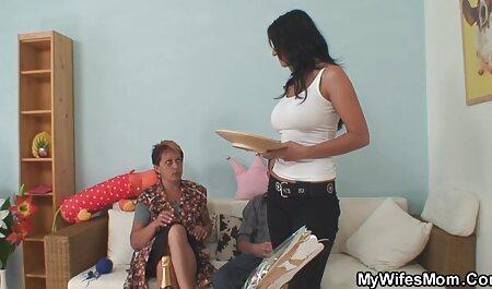 Highheels aimant mamie chevauche une grosse bite lesbienne black française