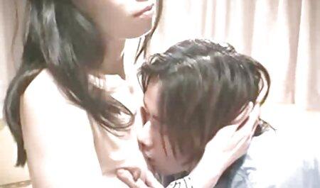 La superbe belle-mère Alexis Fawx se fait percer massage lesbienne xxx